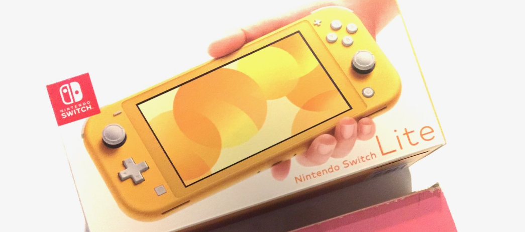 [Unboxing] Console Nintendo Switch Lite